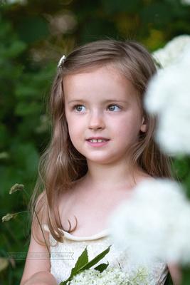 child portraiture, flower child, southern vermont photographer