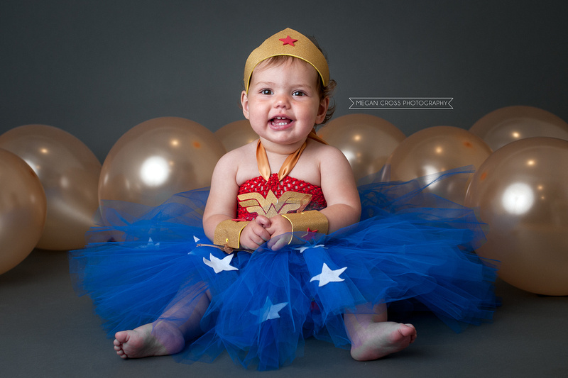 Cake Smash, Wonder Woman theme